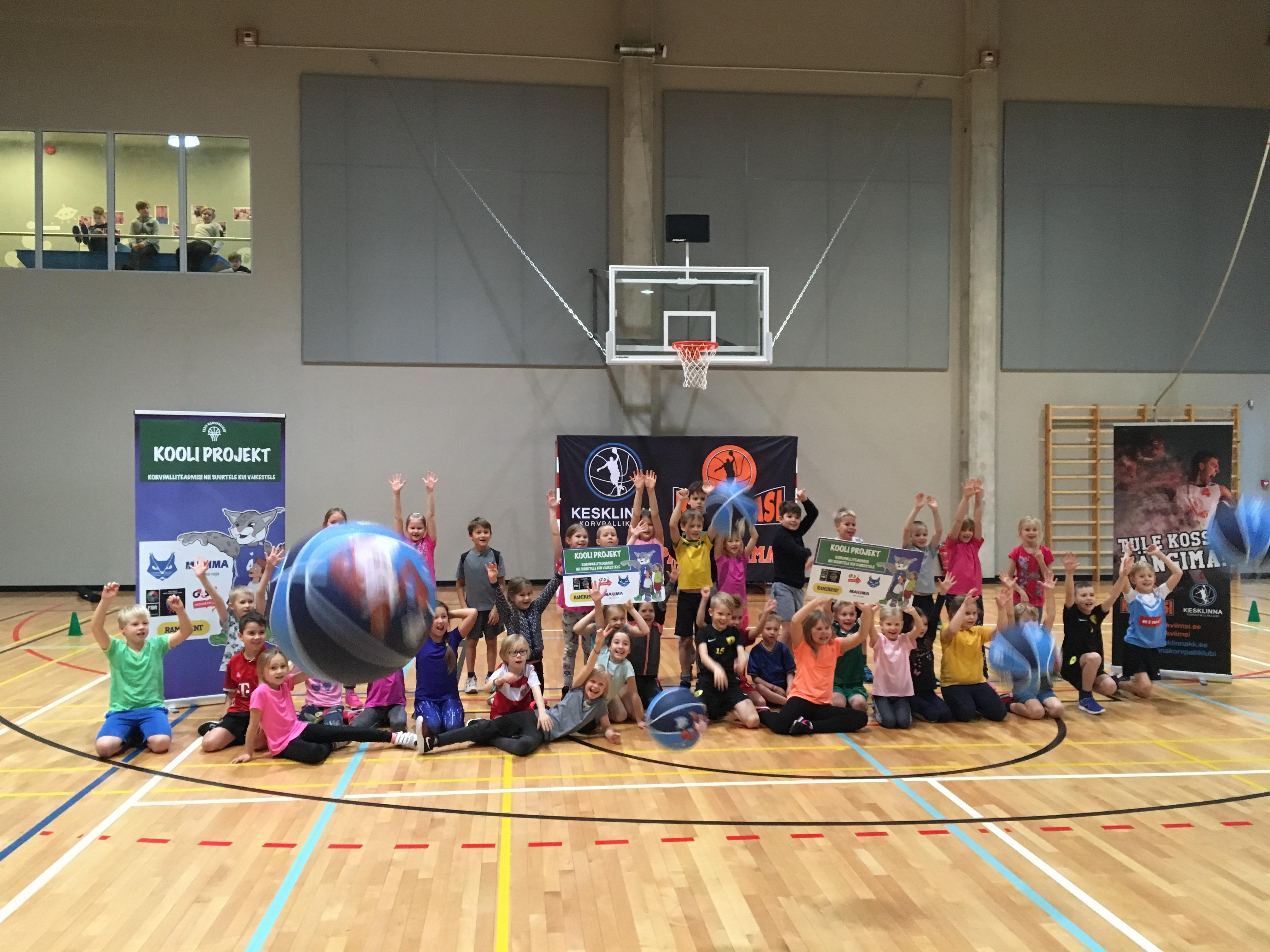 Eesti Korvpalliliit korraldas tunnid 1 -3  klasside